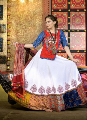 White color Garba Wear Chaniya Choli