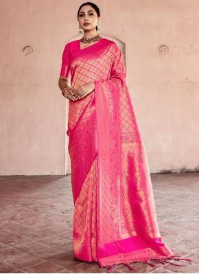 Adorning Handloom silk Weaving Pink Designer Traditional Saree