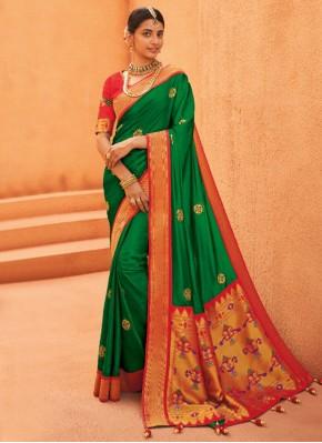 Adorning Silk Weaving Designer Saree
