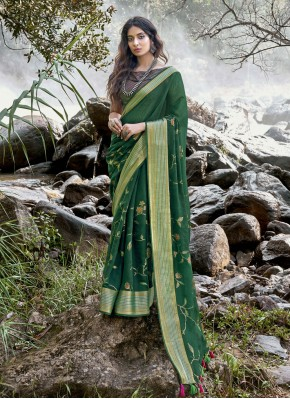 Arresting Green Traditional Saree