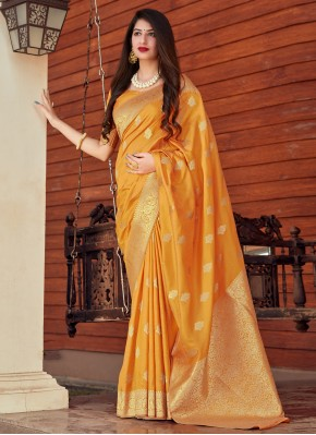 Attractive Silk Woven Designer Traditional Saree