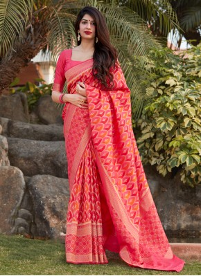 Banarasi Silk Traditional Saree in Pink
