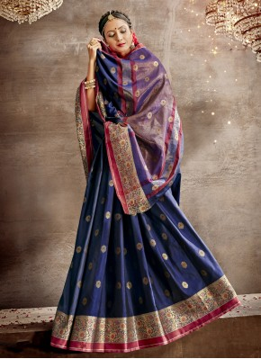 Best Traditional Saree For Festival