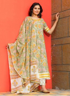 Bollywood Salwar Kameez Printed Cotton in Green