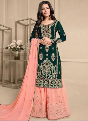Breathtaking Designer Pakistani Suit For Ceremonial