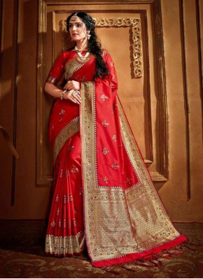 Classic Saree Weaving Silk in Red