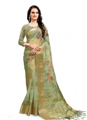 Compelling Printed Saree For Festival