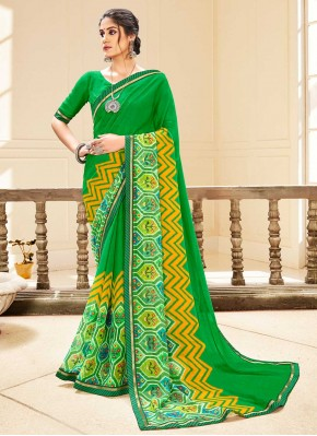 Delectable Traditional Saree For Casual