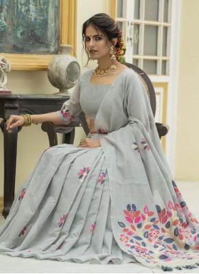 Distinctive Linen Ceremonial Classic Designer Saree