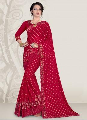 Distinctive Magenta Designer Traditional Saree