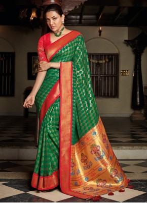 Distinctive Silk Designer Traditional Saree