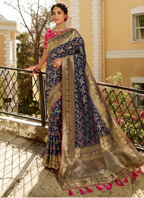 Distinguishable Weaving Trendy Saree