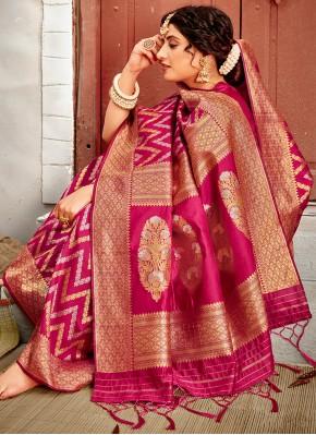 Divine Banarasi Silk Weaving Traditional Designer Saree