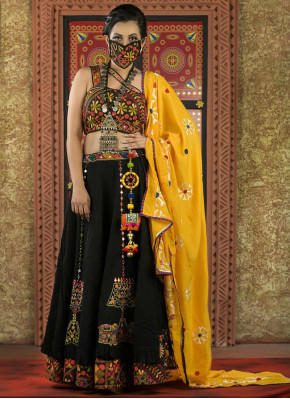 Elegant Garba Wear Chaniya Choli