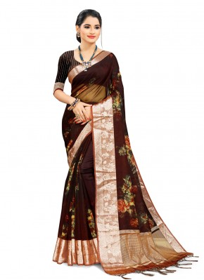Engrossing Multi Colour Printed Saree