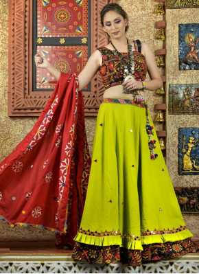 Enticing Cotton  Garba Wear Chaniya Choli