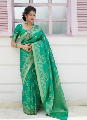 Exciting Silk Weaving Green Silk Saree