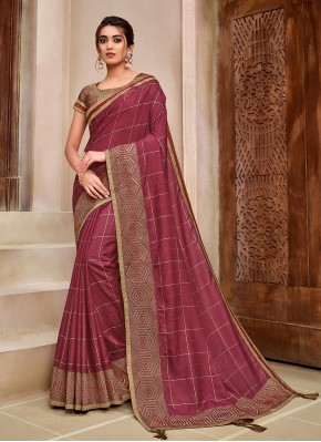 Exuberant Resham Magenta Traditional Designer Saree