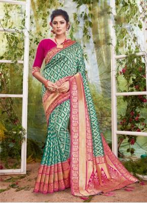 Fascinating Rama Weaving Traditional Designer Saree