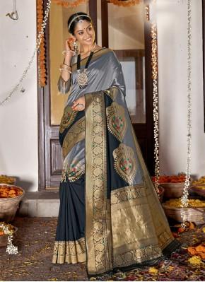 Flattering Grey Designer Saree