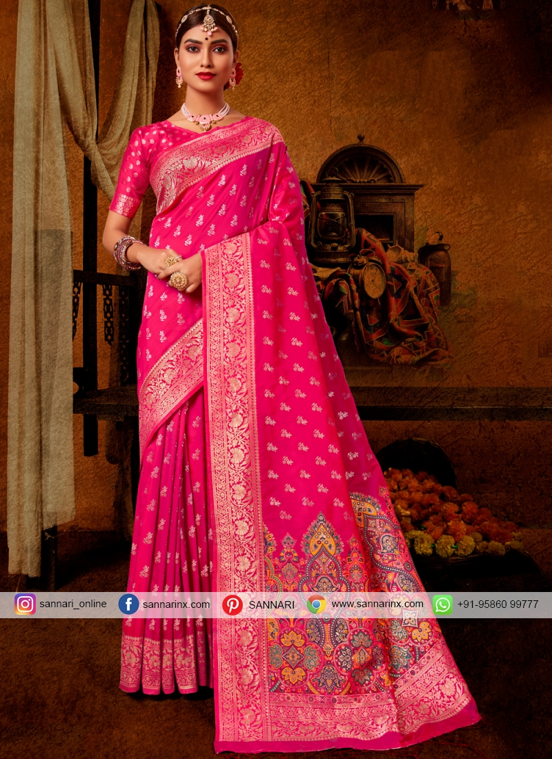 Flawless Traditional Designer Saree For Engagement