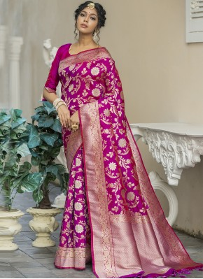 Gilded Magenta Weaving Banarasi Silk Traditional Designer Saree