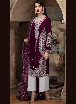 Gratifying Faux Georgette Ceremonial Designer Pakistani Suit