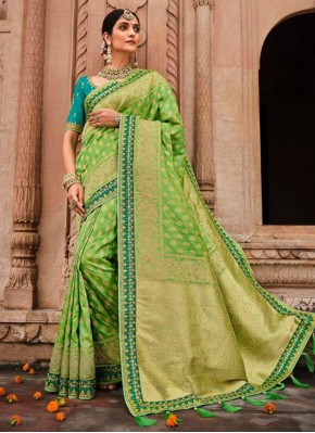 Green Resham Banarasi Silk Classic Designer Saree