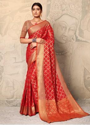 Hypnotizing Weaving Trendy Saree
