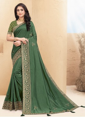 Lace Silk Classic Saree in Green
