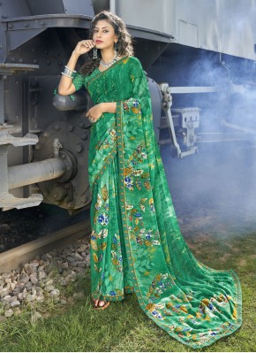 Lavish Faux Georgette Abstract Print Casual Saree