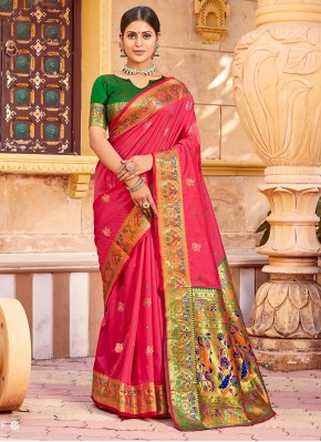 Lively Weaving Handloom silk Hot Pink Designer Traditional Saree