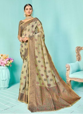 Masterly Weaving Designer Traditional Saree