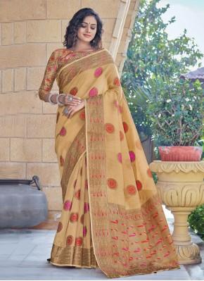 Mesmeric Cream Handloom Cotton Classic Designer Saree