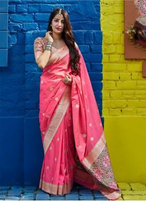 Mesmerizing Woven Mehndi Trendy Saree