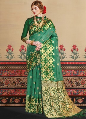 Miraculous Weaving Green Art Silk Traditional Designer Saree