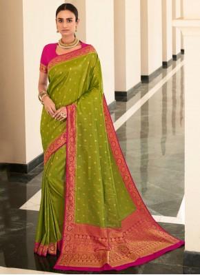 Modish Silk Weaving Green Bollywood Saree