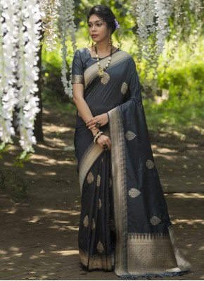 Observable Weaving Black Banarasi Silk Traditional Designer Saree