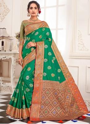 Perfervid Silk Traditional Saree