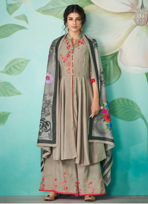 Phenomenal Designer Salwar Kameez For Party