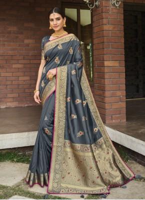 Pleasance Weaving Designer Traditional Saree