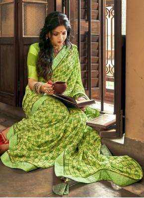 Prepossessing Green Abstract Print Printed Saree