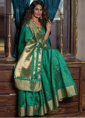 Sonorous Handloom silk Fancy Green Classic Designer Saree
