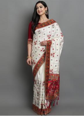 Spellbinding Silk Mehndi Traditional Designer Saree