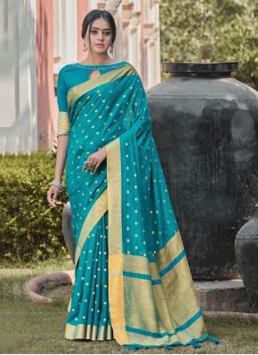 Splendid Handloom silk Blue Woven Designer Traditional Saree