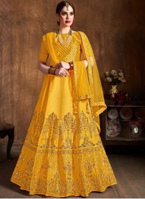 Staring Yellow Bridal Lehenga Choli