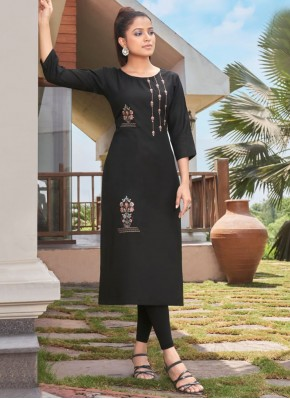 Surpassing Embroidered Black Party Wear Kurti
