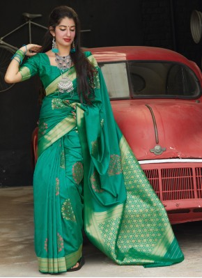 Versatile Weaving Silk Trendy Saree