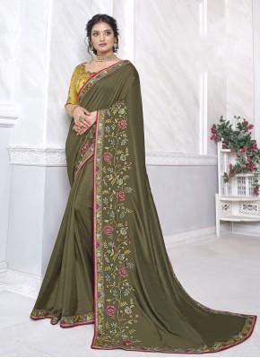 Vivacious Green Patch Border Classic Designer Saree