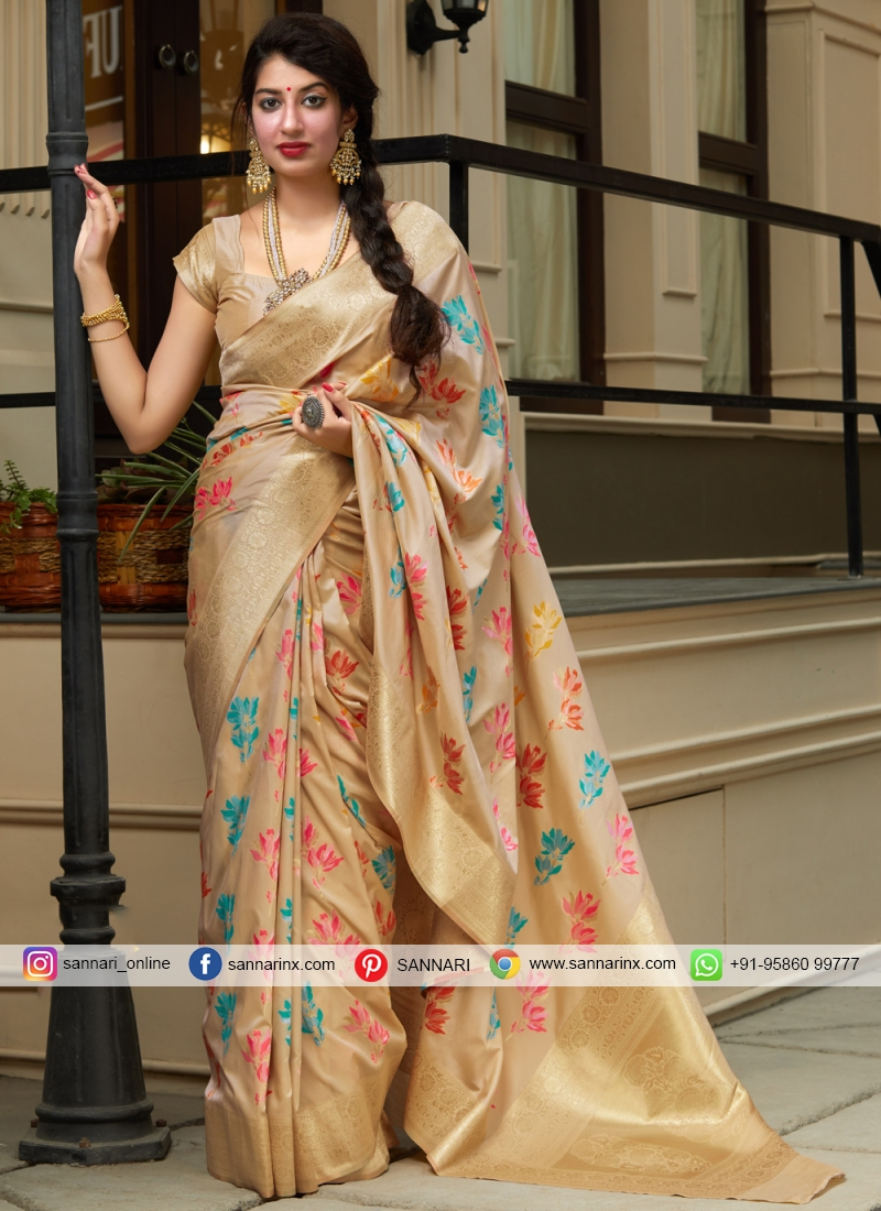 Vivid Classic Saree For Reception